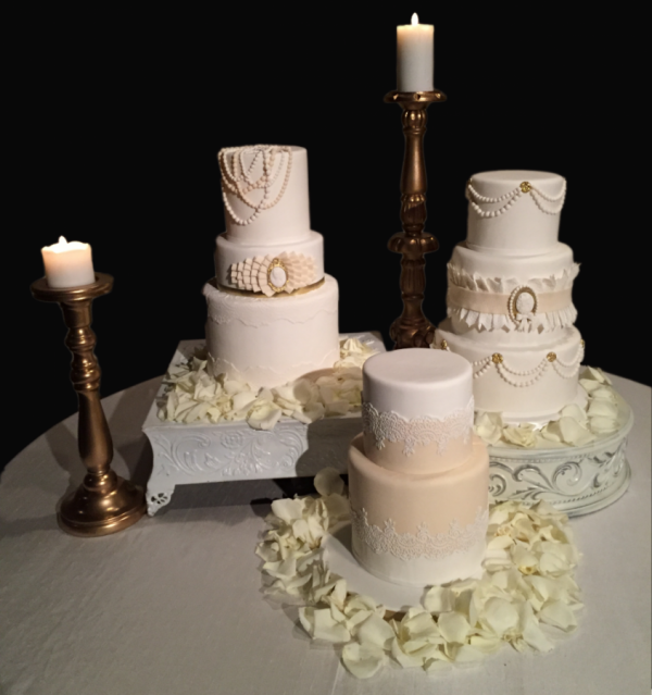 Three-Cake-Wedding
